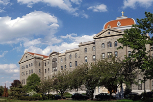 华盛顿圣三一大学