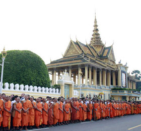 7月底中柬之间又增直航,8月初柬埔寨之夜继创辉煌!