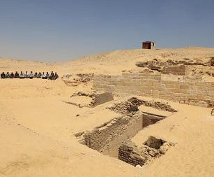 最新发现!吉萨高原发现一座沉睡4500年的古墓,或是金字塔建造者