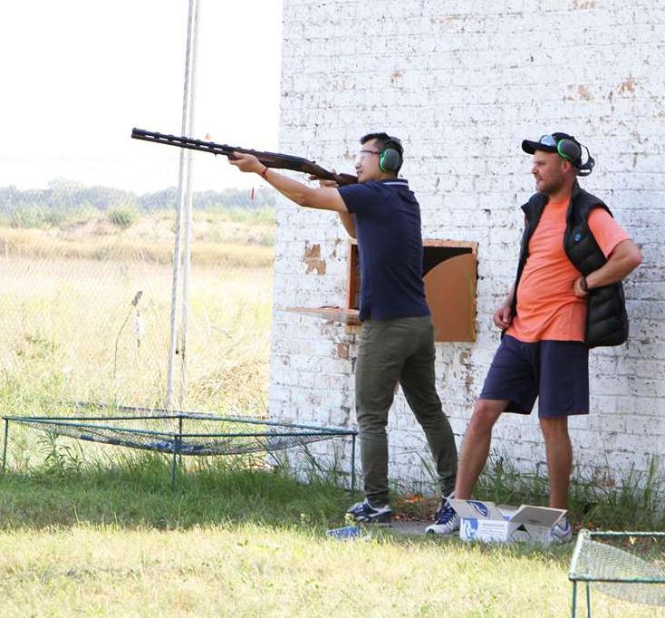 【图片+视频】在乌克兰学射击,超带劲!