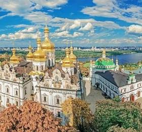 旅业速递   乌克兰对中国游客免签,新加坡将放宽对旅行团的限制,美团和途家等推出超实惠产品……