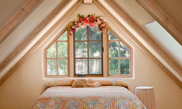 美国房产高尔夫景观豪宅次楼阁楼卧室
