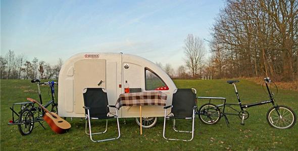 丹麦推出迷你露营车 可被自行车拖行