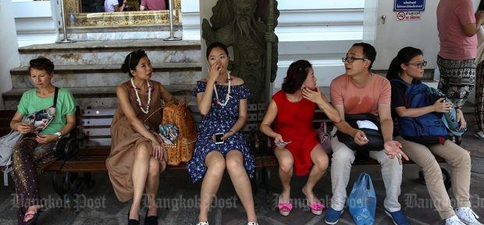 Chinese tourists visit Thailand