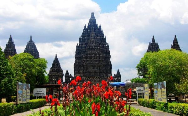 印度尼西亚普兰巴南神庙