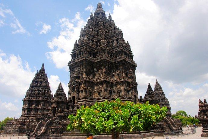 普兰巴南-南半球最古老的世界文化遗产