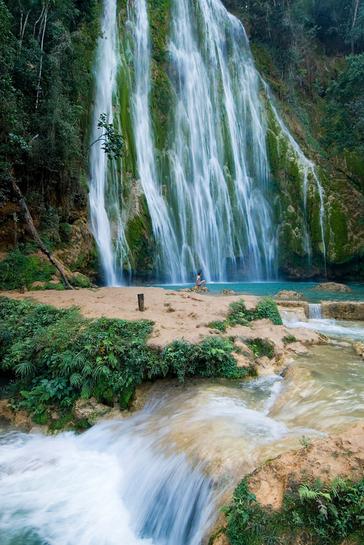 多米尼加萨马纳柠檬瀑布