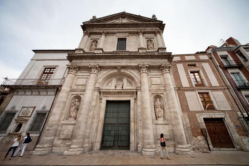 西班牙巴利亚多利德安古斯提亚斯教堂