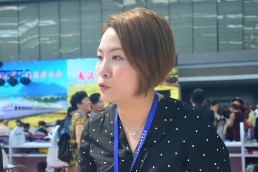 柬埔寨吴哥航空工作人员