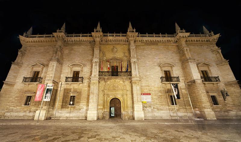 西班牙巴利亚多利德圣十字宫