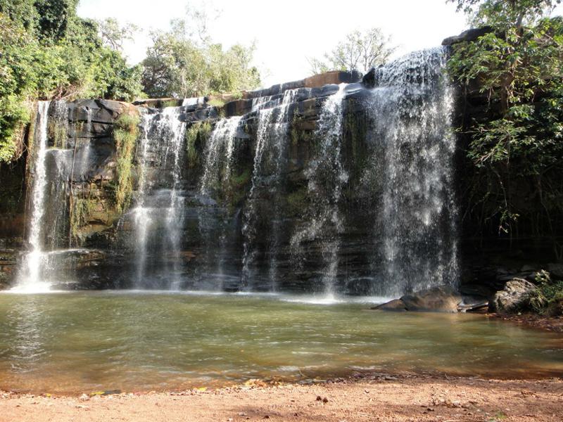 沃罗尼瀑布