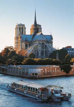 巴黎塞纳河巡游