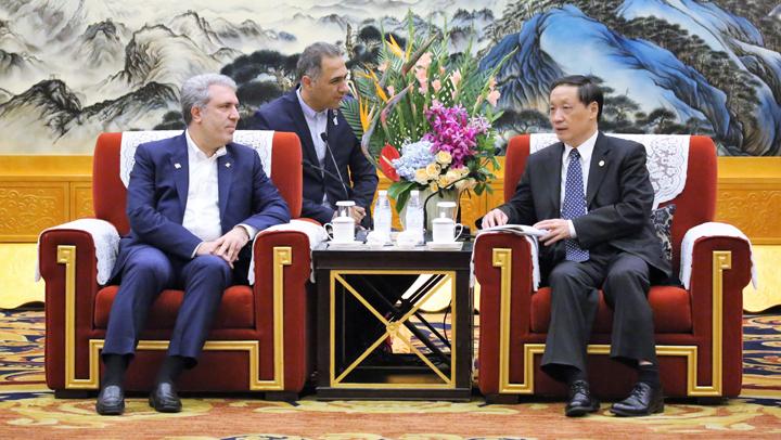 伊朗副总统阿里·阿斯加尔·穆奈桑会见李金早