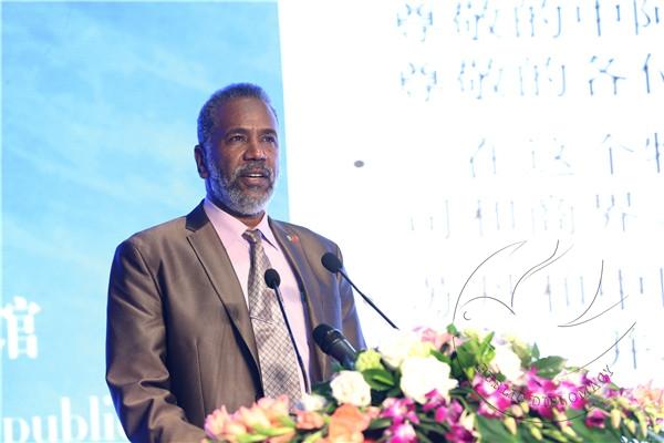 苏丹旅游部长穆罕默德·阿布扎伊德·穆斯塔法