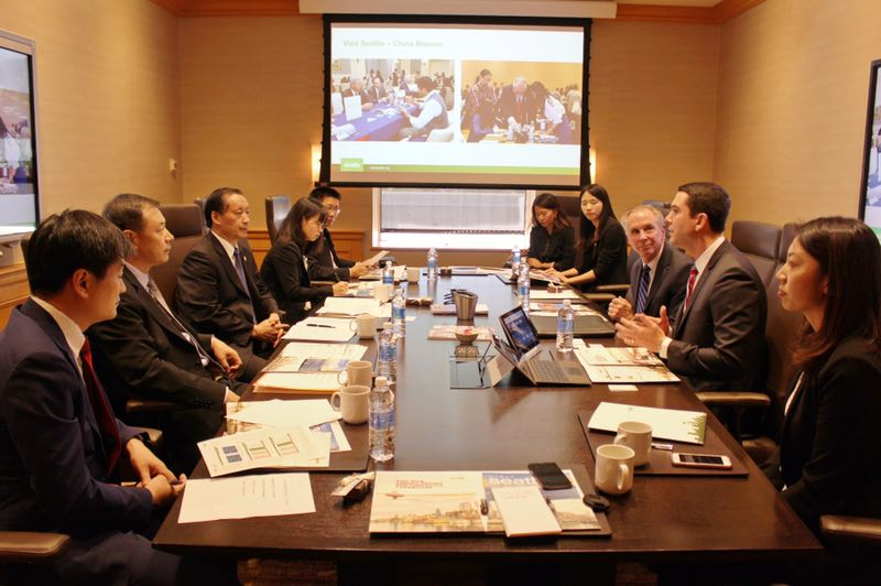 Li Jinzao Meets with Visit Seattle President & CEO