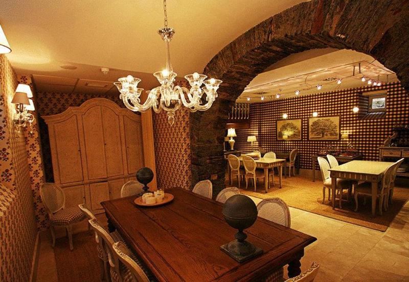 西班牙莱昂波塔斯歌夫人酒店