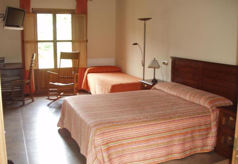 西班牙莱昂拉斯丰塔尼纳斯酒店