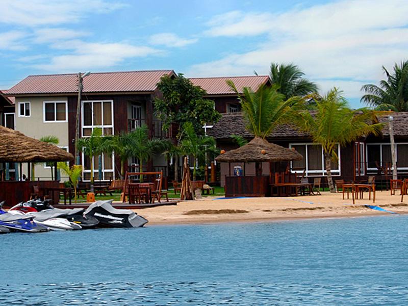 水底探险酒店