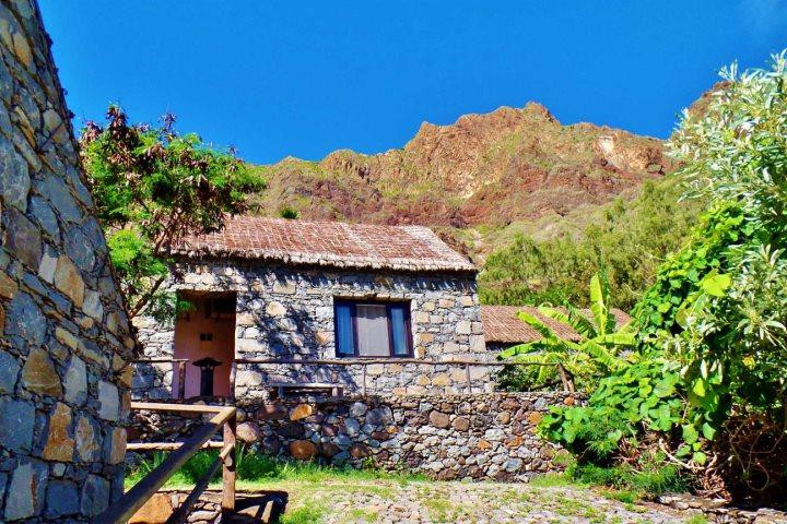 佩德拉钦度假村