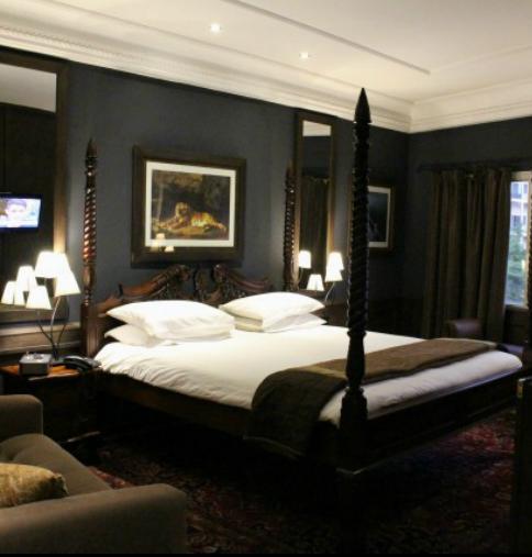 乐阁楼酒店