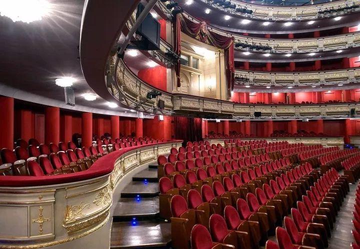 西班牙马德里皇家歌剧院