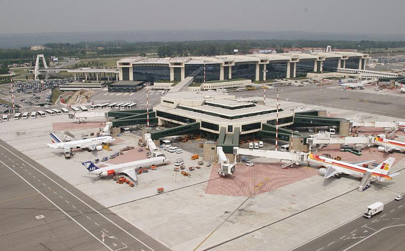 米兰马尔彭萨机场