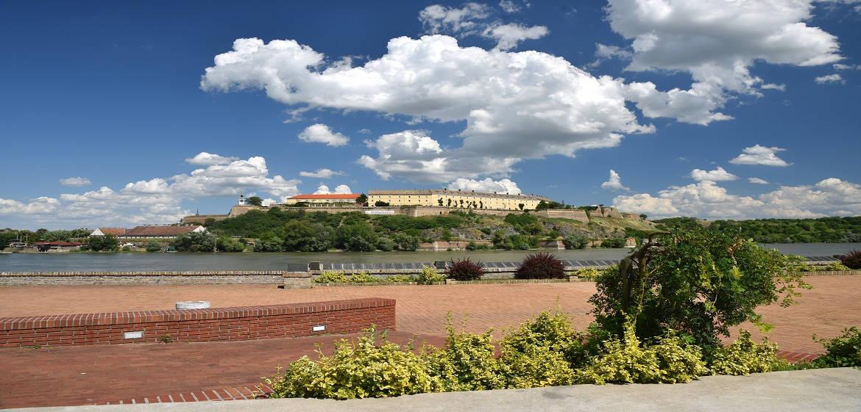 塞尔维亚诺维萨德彼特罗瓦拉丁城堡