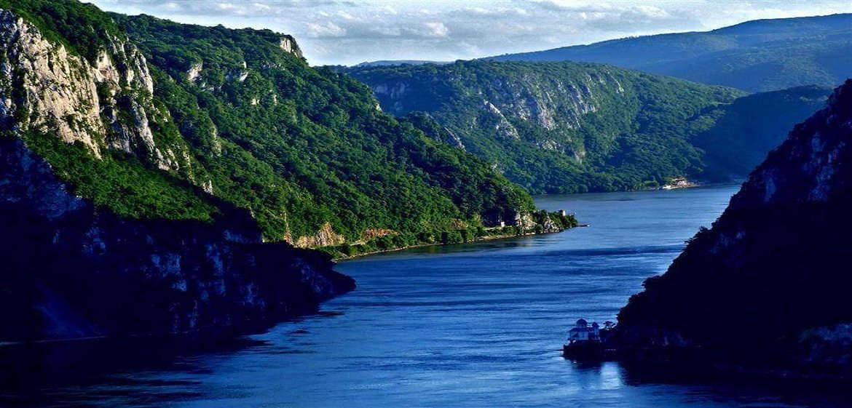 塞尔维亚铁门峡谷