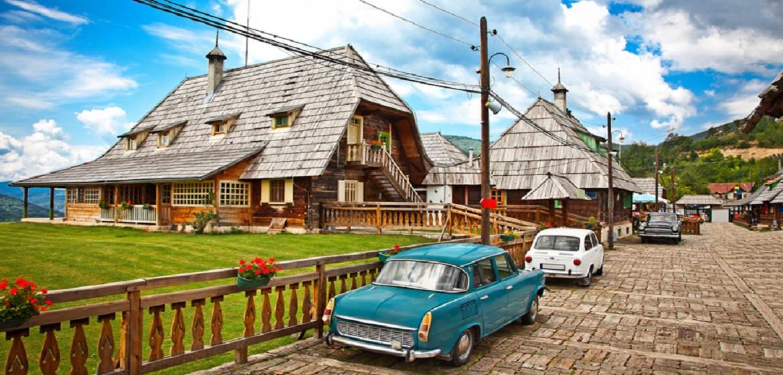 塞尔维亚麦卡尼克村
