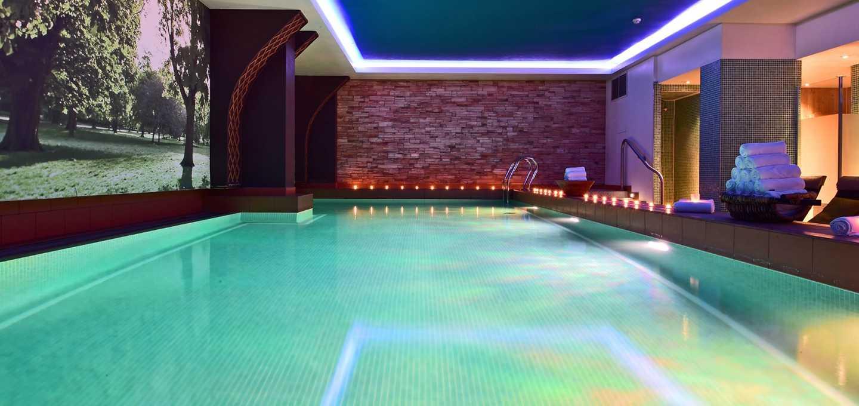 英国伦敦佩斯塔纳切尔西桥温泉酒店泳池