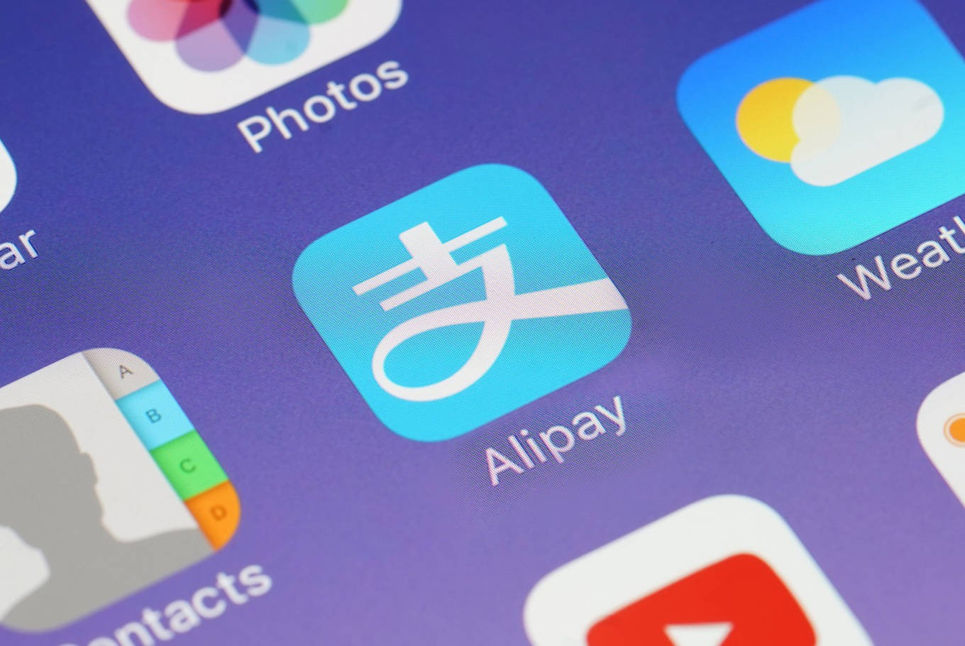 Alipay, WeChat pursuing partnership path to enter Indonesian