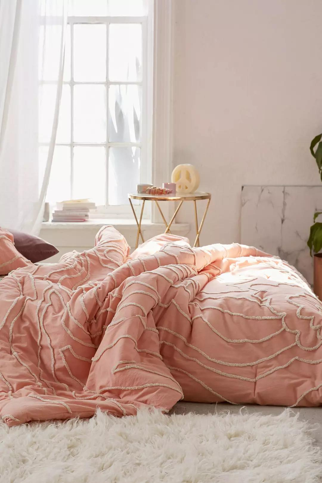 Margot Tufted Floral Comforter