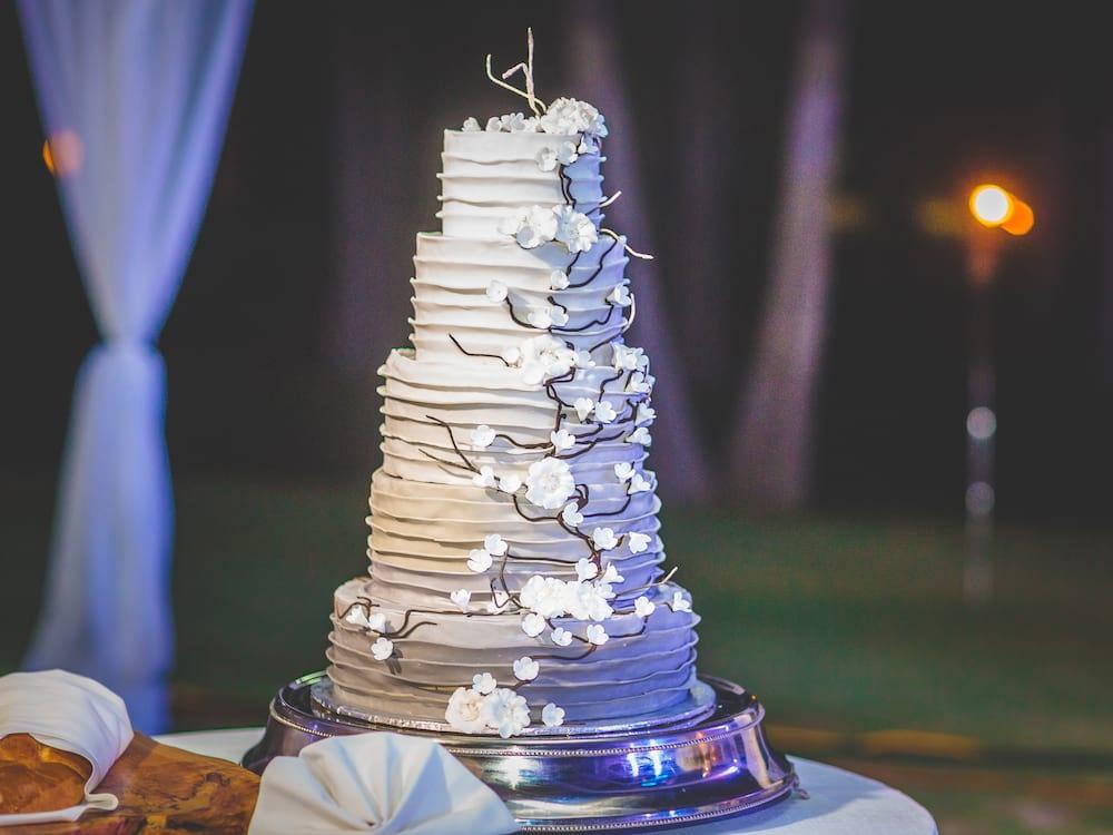 加勒比牙买加半月度假村婚礼蛋糕