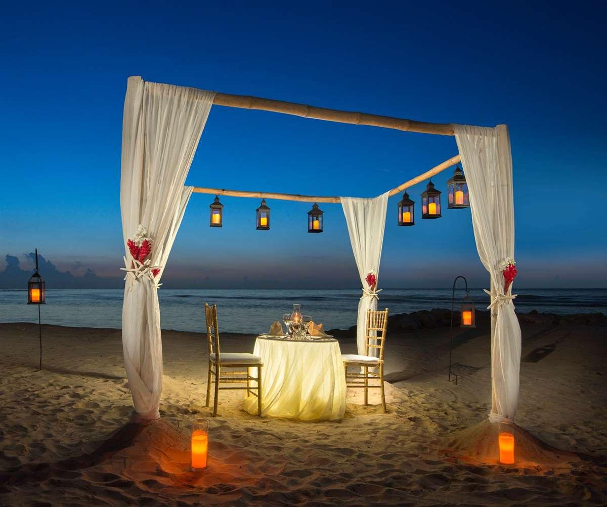 加勒比牙买加半月度假村烛光晚餐