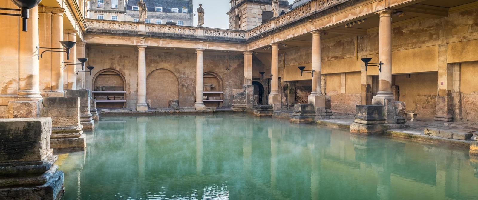 巴斯罗马浴场博物馆圣泉