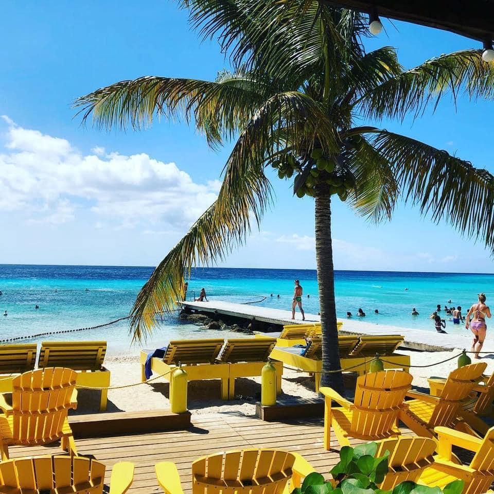 加勒比库拉索岛Porto Mari海滩