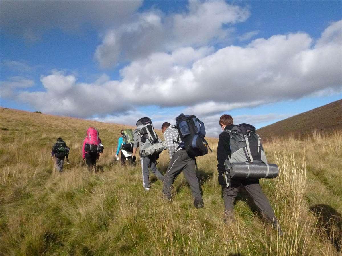 英国苏格兰阿尔宾学校学生旅行徒步