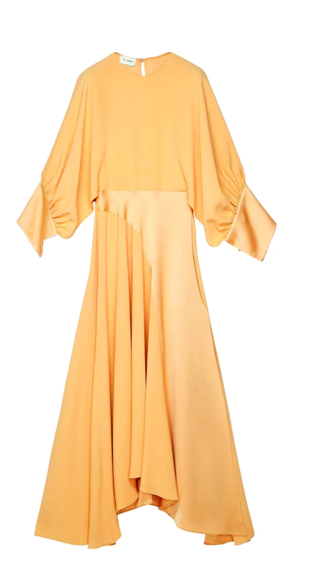 美国加州橙县尔湾时尚岛购物中心St. John连衣裙