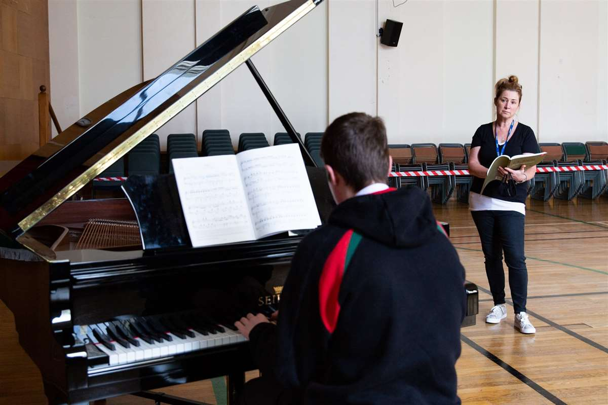 英国留学苏格兰阿尔宾私立学校钢琴