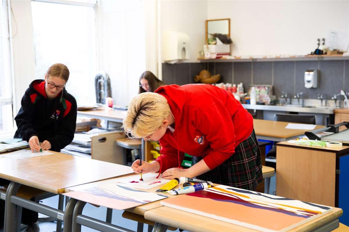 英国留学苏格兰阿尔宾私立学校油画