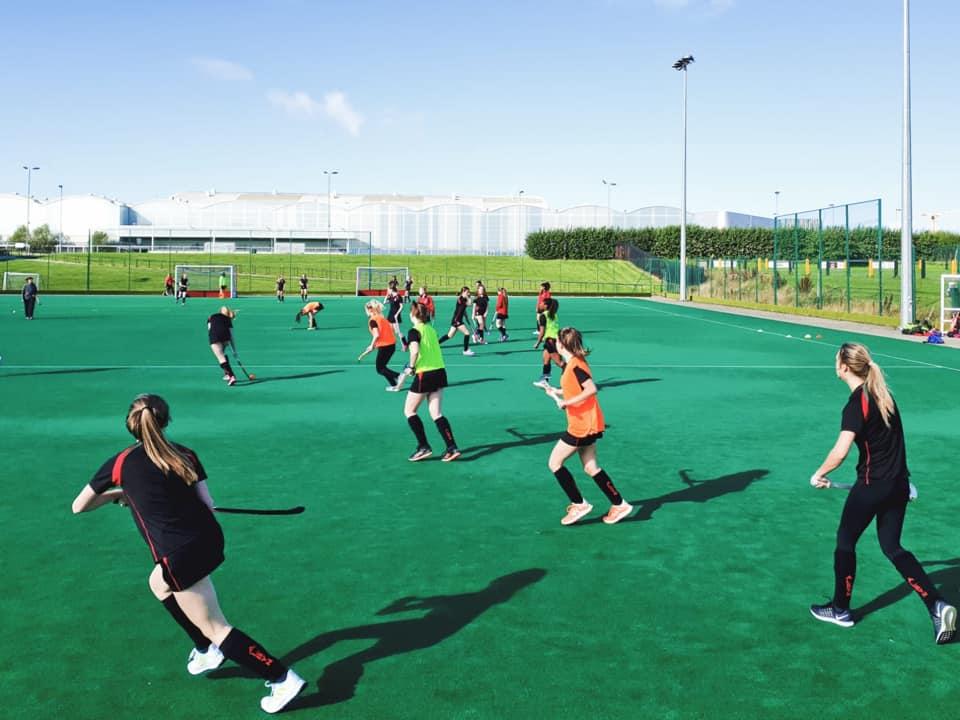 英国留学苏格兰阿尔宾私立学校曲棍球