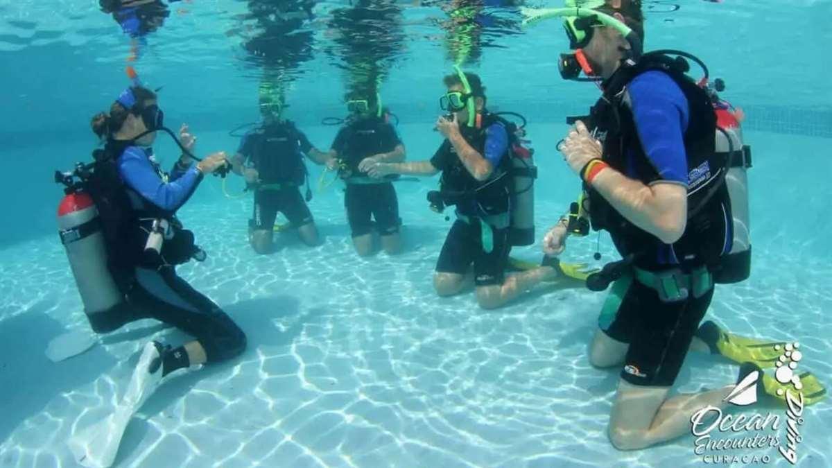 加勒比海库拉索岛Ocean Encounters潜水课程