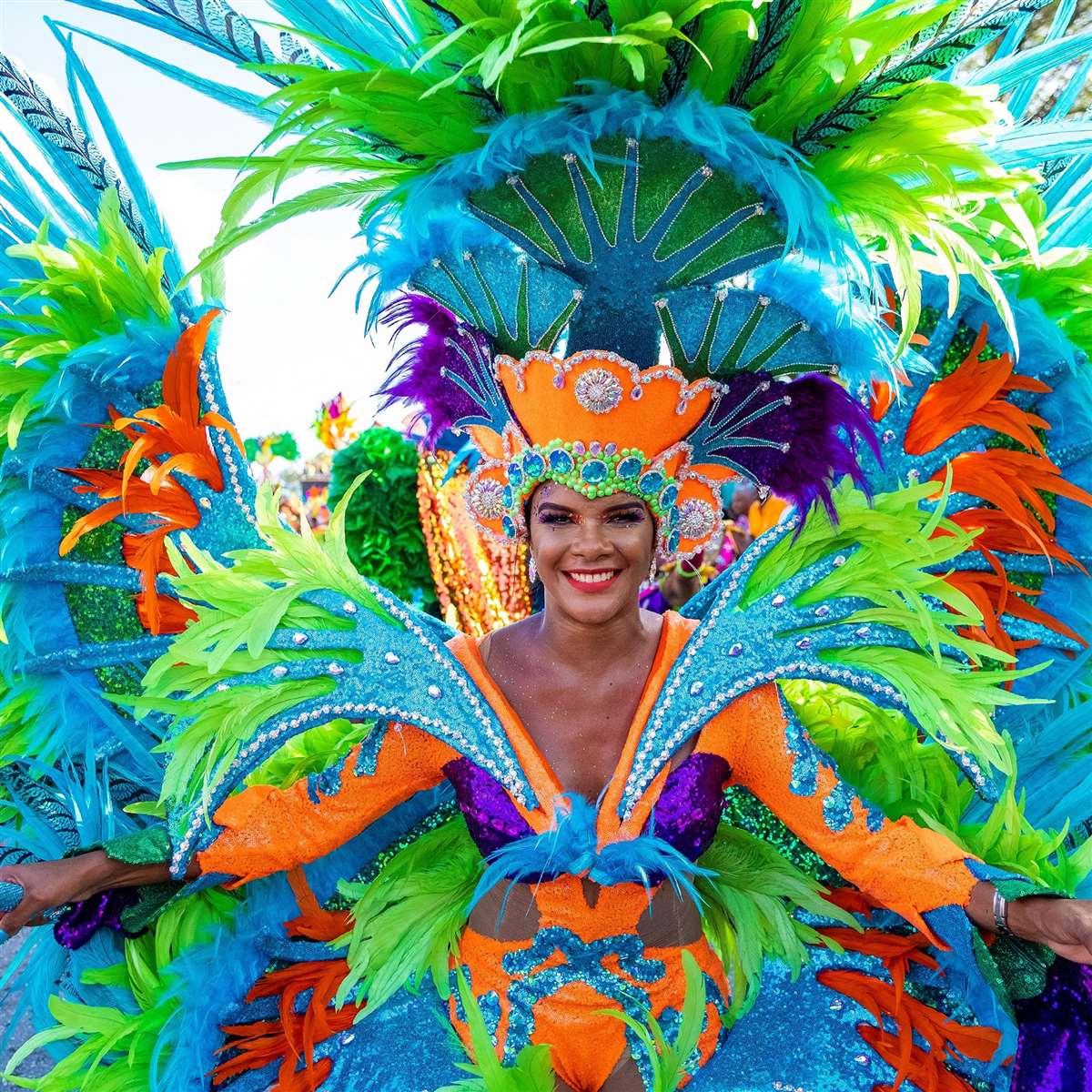 加勒比海库拉索岛狂欢节