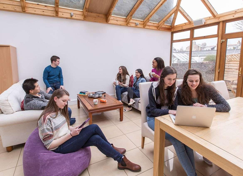英国留学苏格兰私立阿尔宾学校寄宿公寓