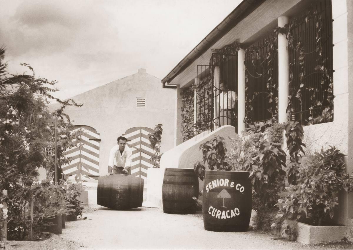 加勒比海库拉索利口酒厂