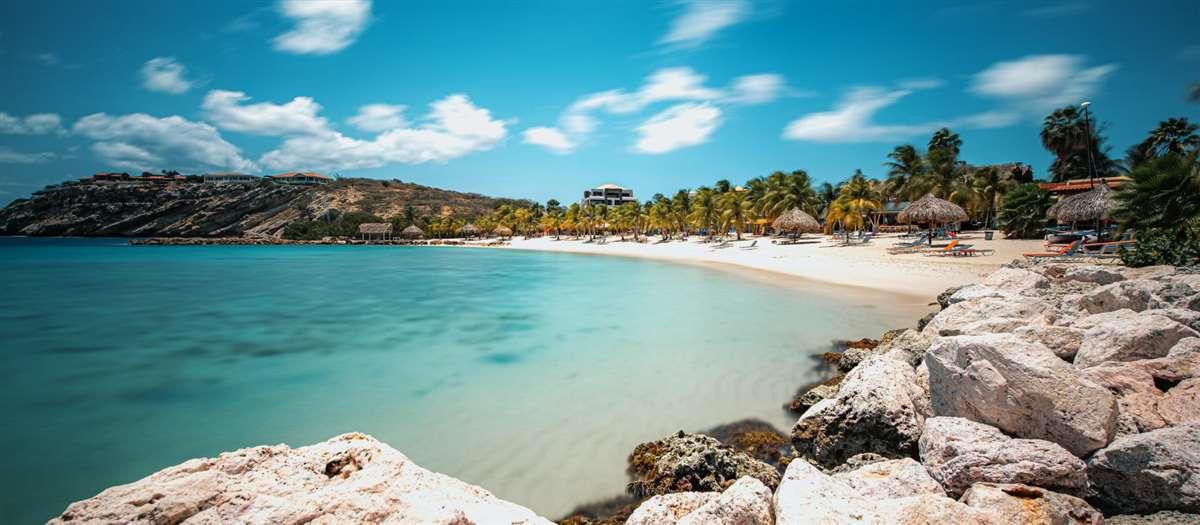 加勒比海岛库拉索蓝湾海滩
