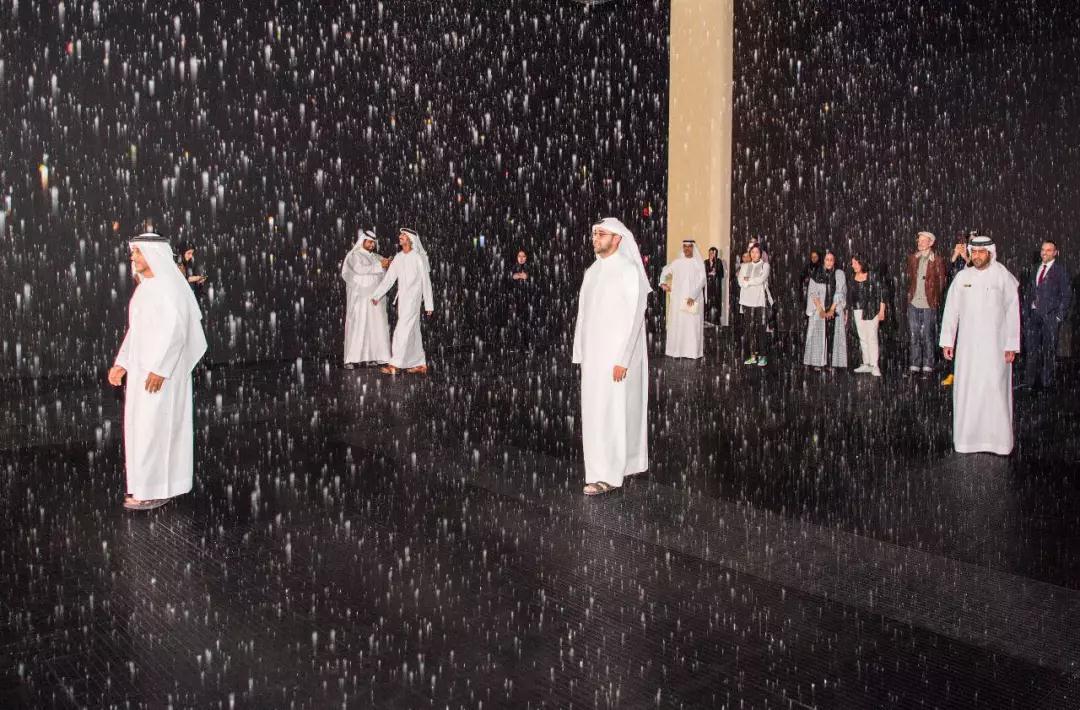 阿联酋网红景点攻略:这样游览「雨屋」才能不留遗憾